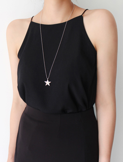 Star necklace ; one color